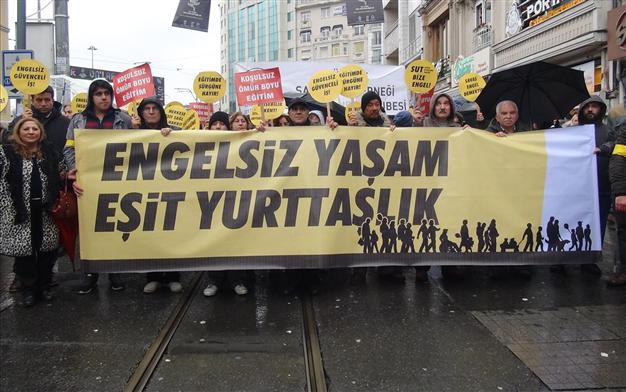 Thousands of activists marched in support of the right to education and healthcare for people with disabilities on Istanbul's İstiklal Avenue, Nov. 30.